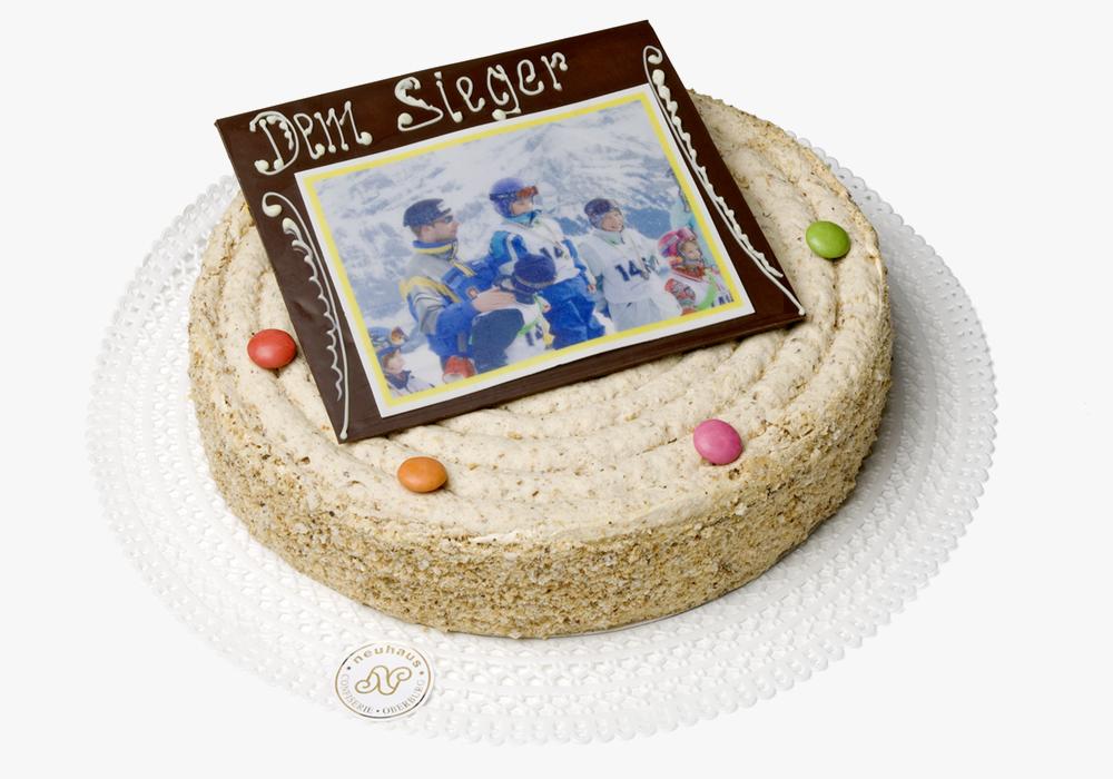 Bild auf Ihrer Hochzeits- oder Geburtstagstorte aufgedruckt.