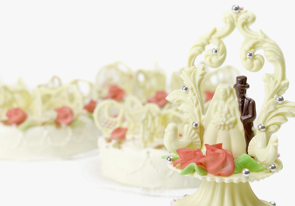Hochzeits- oder Geburtstagstorten mit speziellen Sujets