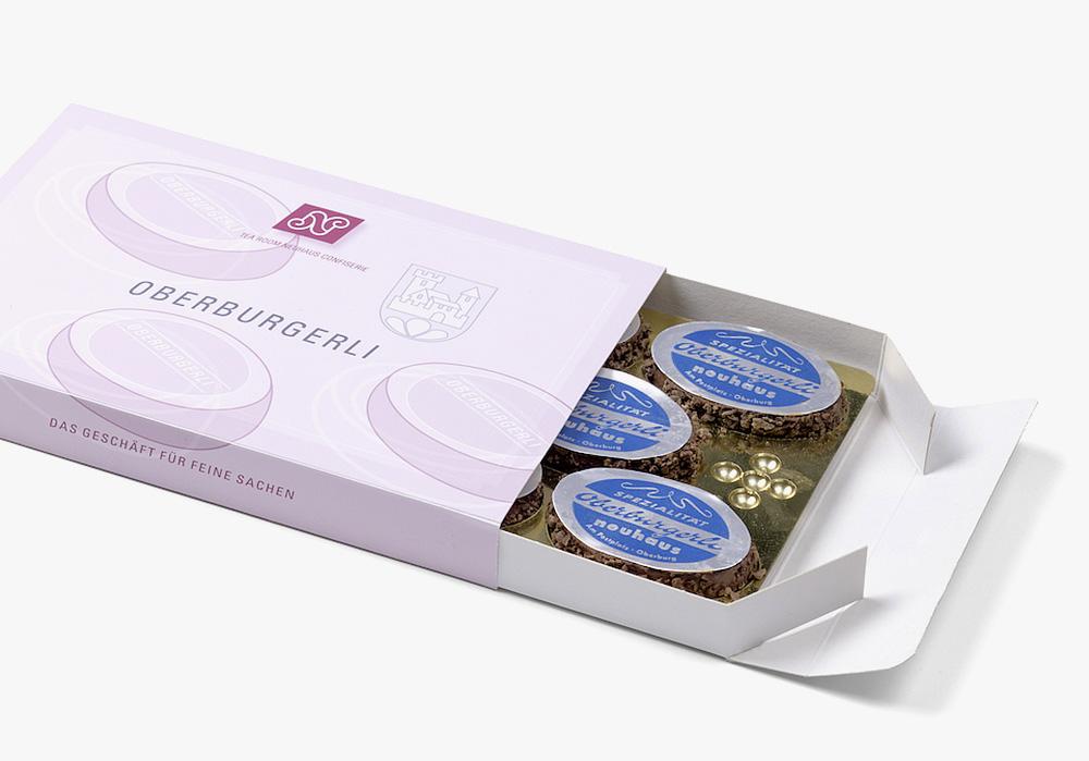 Oberburgerli - Japonais Bödeli, weisses Biscuit und gefüllt mit unserer speziellen Schocoladencrème.